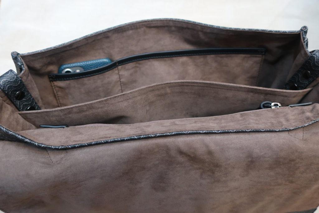 ザネラートのポスティーナM+の内部ポケット