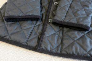 マッキントッシュキルティングコートのコーデュロイ素材のパイピング